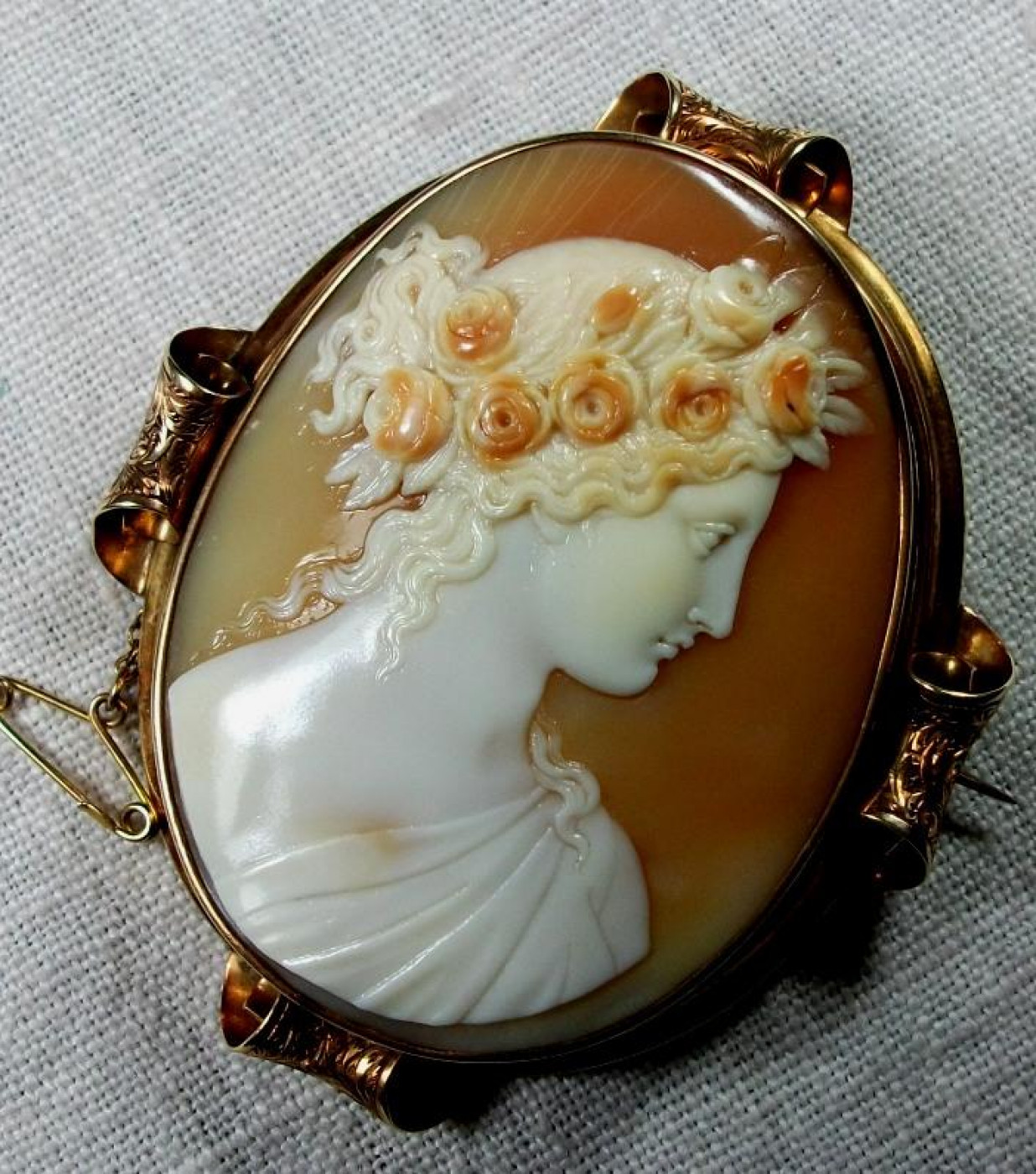 Exceptional Museum Quality Cameo of Goddess Flora