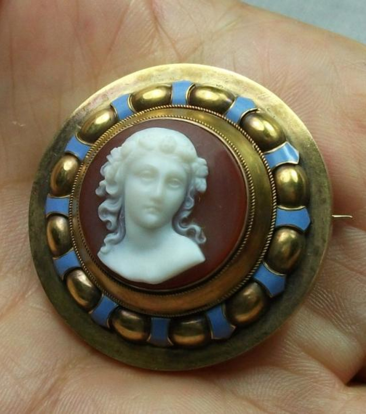 Exceptional Hard Stone Cameo Goddess Flora Cased