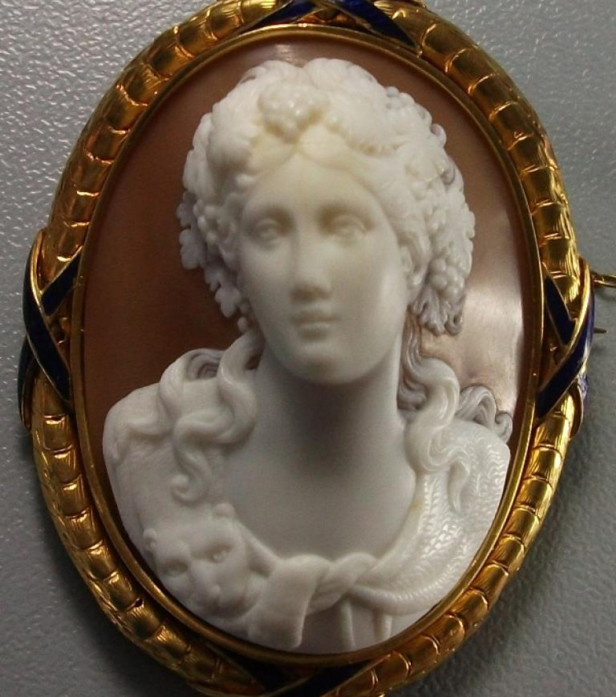 Rarest Bacchante Front Face  - Cased