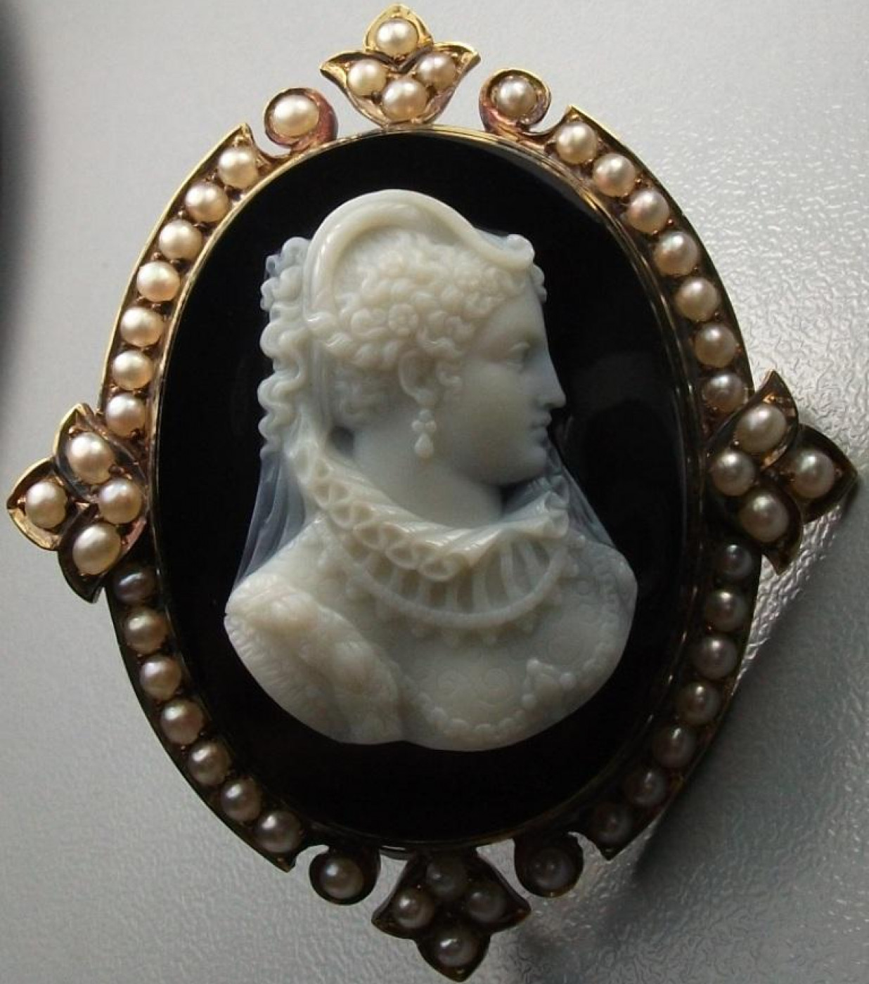 Rarest Hard Stone Cameo of Mary the Queen of Scots